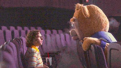 """奇妙なクマとオタク、優しい人々の素敵な関係 『ブリグズビー・ベア』#野水映画""""俺たちスーパーウォッチメン """"第五十四回"""