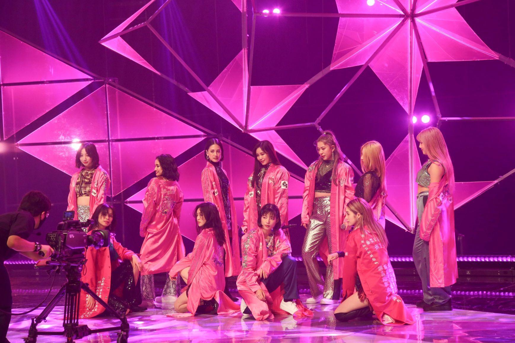 E-girls『Specil LIVE & TALK Show』 「STRAWBERRY サディスティック」