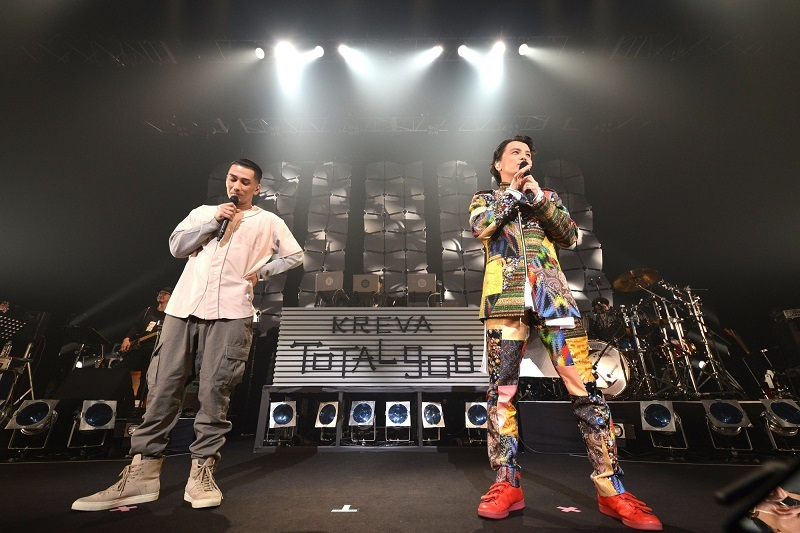 KREVA&AKLO『CONCERT TOUR 2017「TOTAL 908」』撮影=半田安政