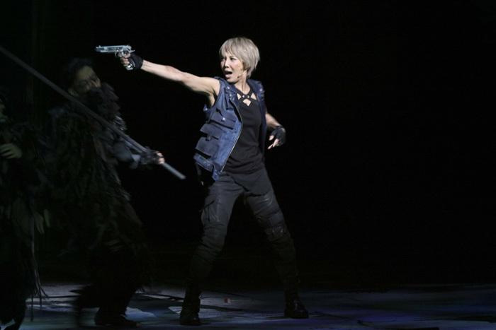 ミュージカル『バイオハザード~ヴォイス・オブ・ガイア~』 ©GEKKO