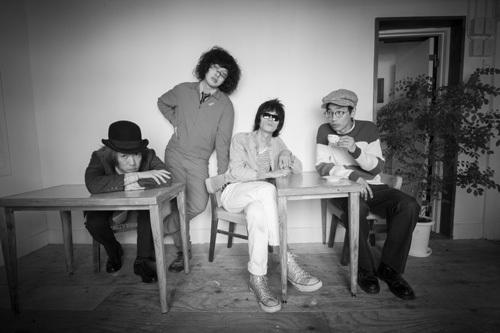 4 人組ロックバンド「おとぎ話」