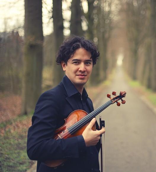 ノエ・乾(ヴァイオリン) ©Yannis Gutmann