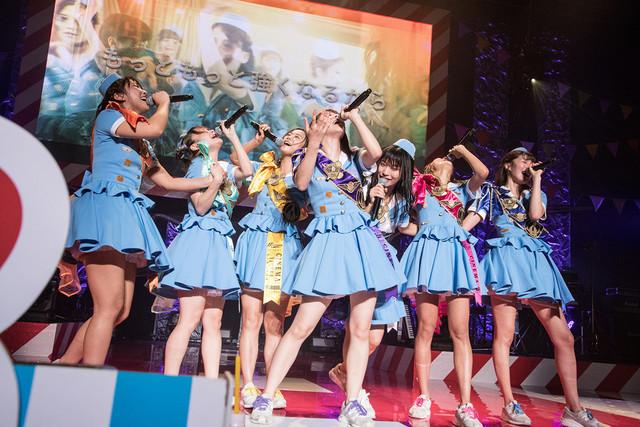 「PASSPO☆歌って踊って奏でる対バンツアー~Road to 中野サンプラザ~」東京・中野サンプラザホール公演の様子。