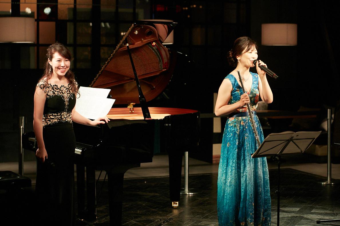 (左から)渋川ナタリ、羽鳥美紗紀