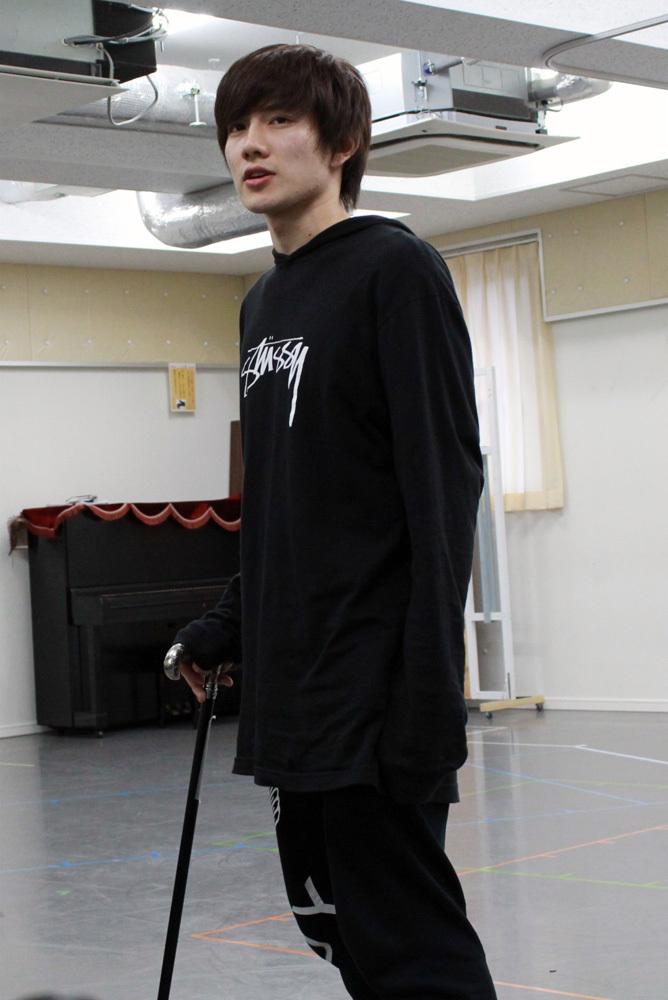 井上了役:赤澤遼太郎