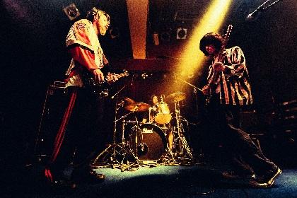 """w.o.d. """"本質的にかっこいいと思えるバンド""""スサシ&THIS IS JAPANを迎えた自主企画『スペース・インベーダーズⅢ』をレポート"""