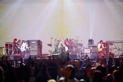 THE YELLOW MONKEY 二度目のデビューアルバム『9999』、武道館での前代未聞の試聴会で見たロックバンドの矜持