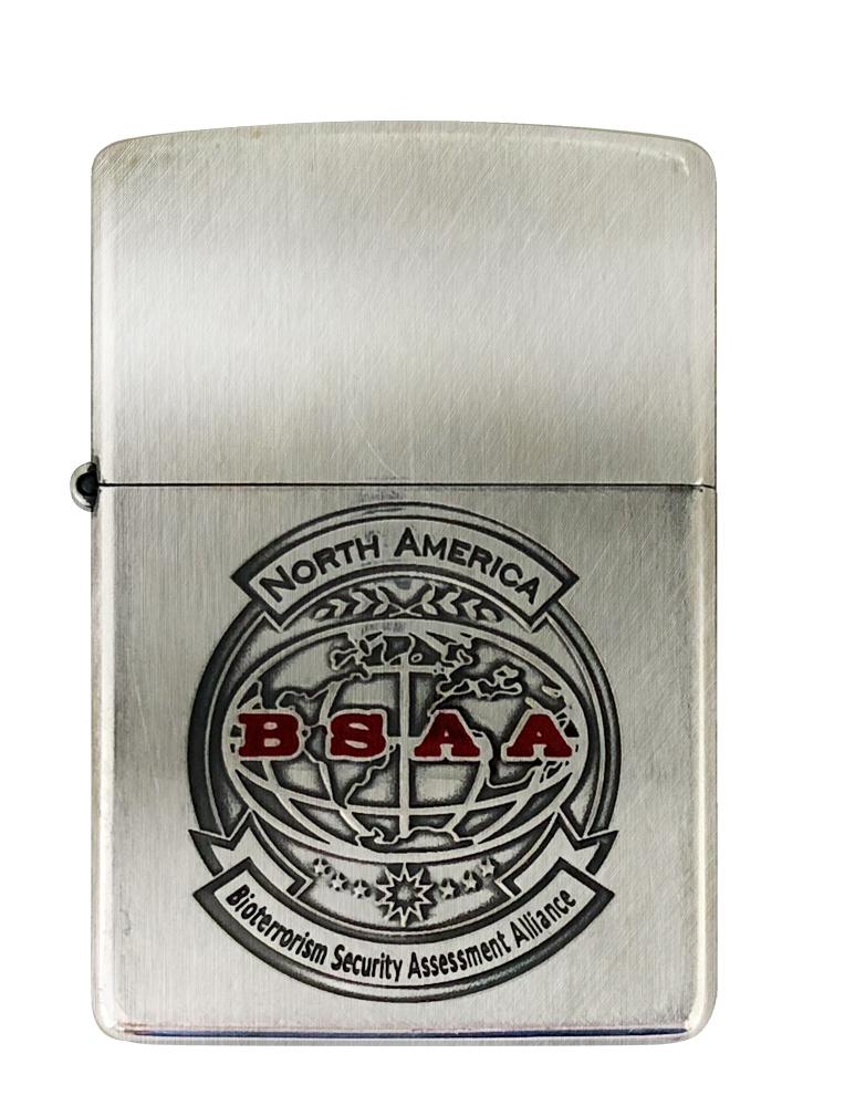 バイオハザード Zippo(BSAA) クリス・レッドフィールドも所属していた対バイオテロ部隊「BSAA」北米支部ロゴを施したデザイン。裏面にはBSAAの本部・支部が置かれている地域を刻印。