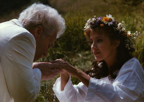 映画『白いたてがみのライオン〉より写真提供: National Film Archive