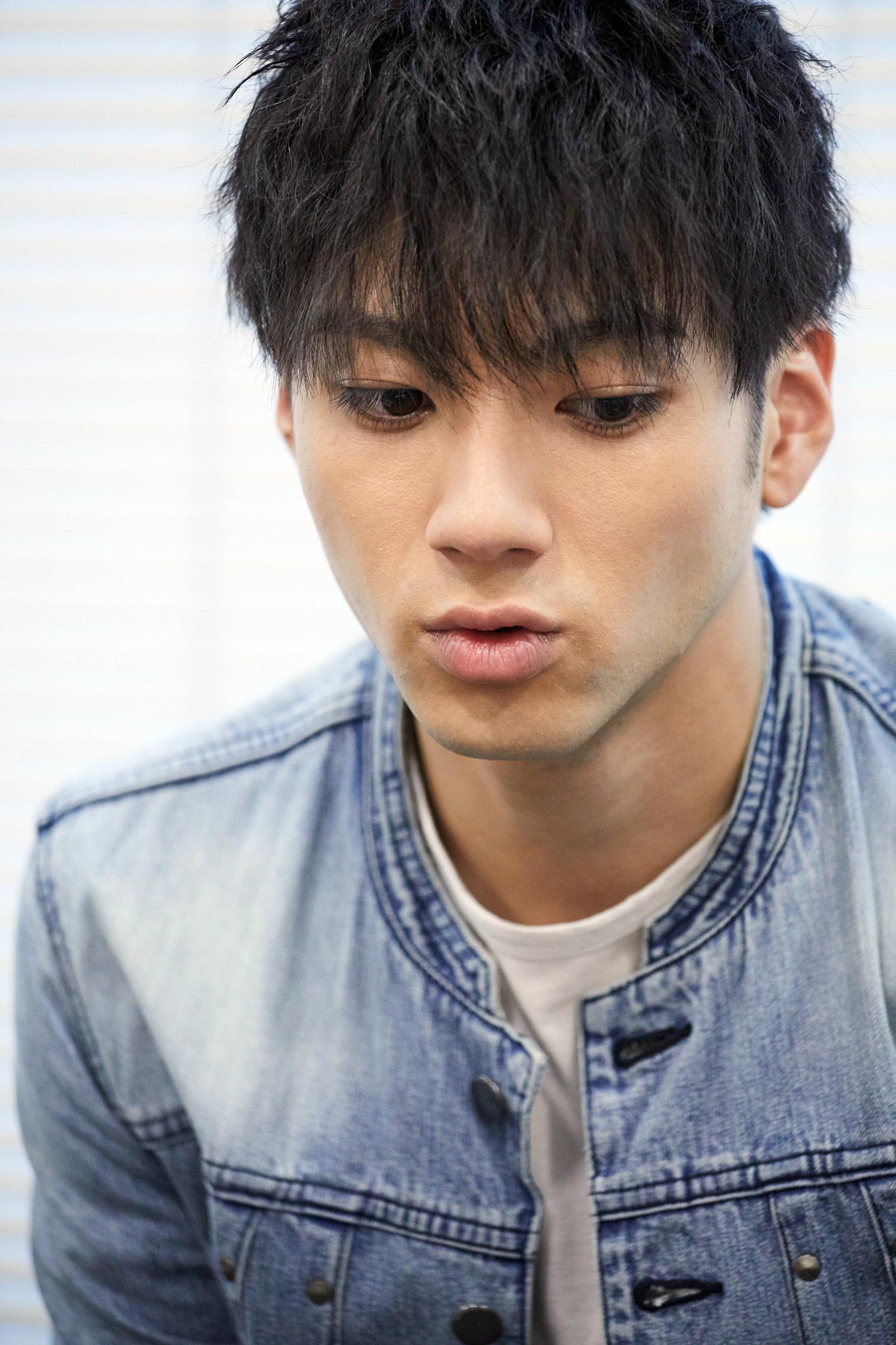 山田裕貴インタビュー『ガチバン』での秘めた思いから『闇金ドッグス』での成長まで 「役を生きる」俳優のいま ... Yuki Yamada S Father Kazutoshi Yamada
