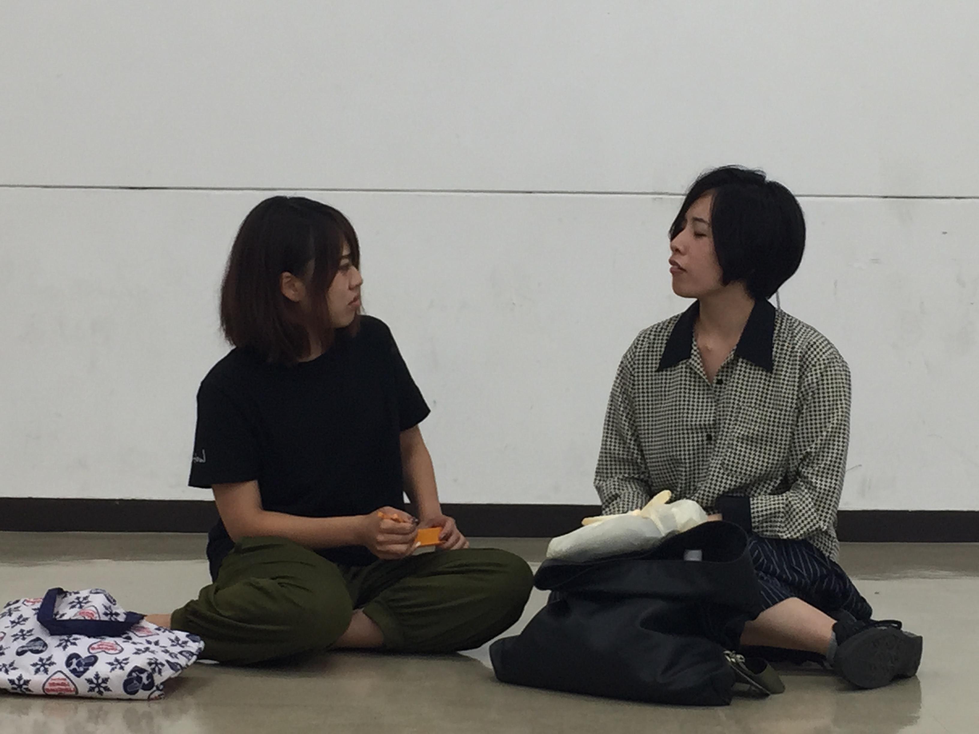 左:佐藤礼奈 右:金子美咲
