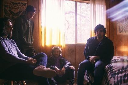 『フジロック'19』に初参戦する新感覚ギターインストバンド、CHONが初の日本盤発売