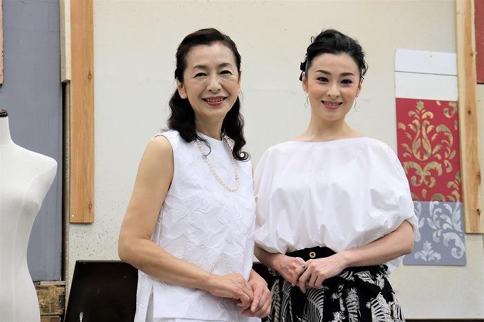 (左から)高橋惠子、檀れい