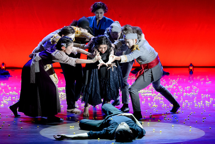 Noism1+Noism2 劇的舞踊『カルメン』ロシア・モスクワ公演 Photo:Alexander Kurov / Chekhov International Theatre Festival