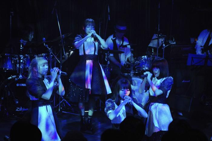 XOXO EXTREME@渋谷WWW 2019/07/25(撮影:池上夢貢)
