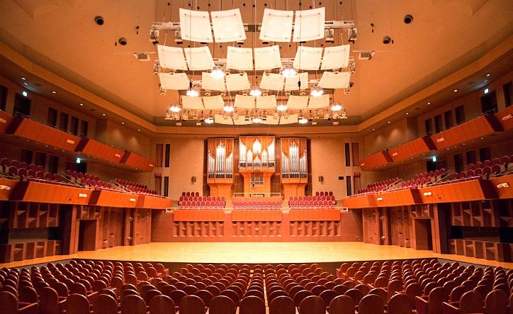 ホールと一体となって存在するザ・シンフォニーホールのパイプオルガン