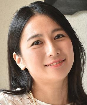 レニー・マグラス役   関谷春子