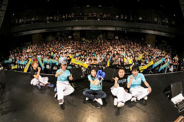 「植田真梨恵LIVE TOUR UTAUTAU vol.2」の様子。(撮影:竹谷さくら)