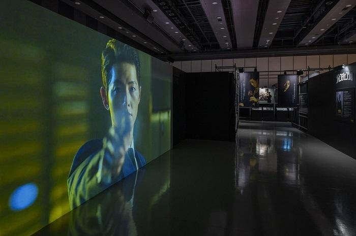 『スタジオドラゴン 韓ドラ展』展示風景(オフィシャル提供)