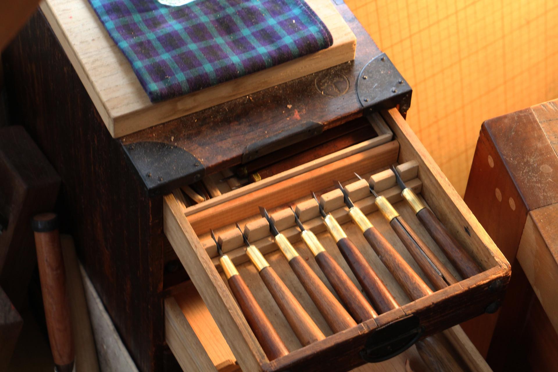 彫師の道具箱