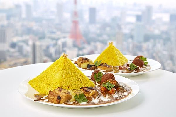 ファラオが愛した食文化のピラミッドカレー ¥1,490(税込)(Mサイズ) ¥2,030(税込)(Lサイズ)