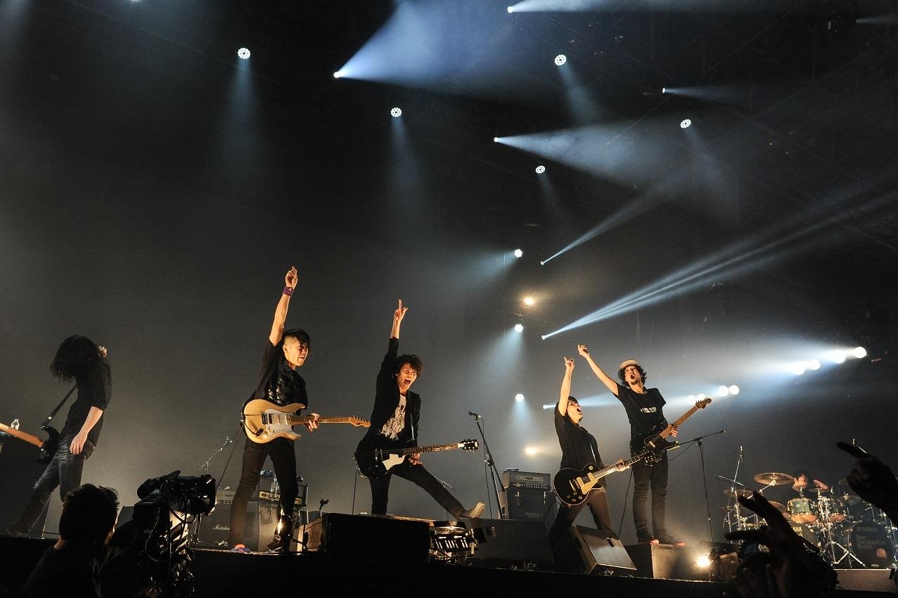 ライブ写真「rockin'on presents COUNTDOWN JAPAN 17/18」にて