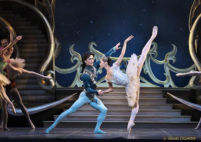 プリンシパル二人による豪華共演は、ため息モノの美しさ!