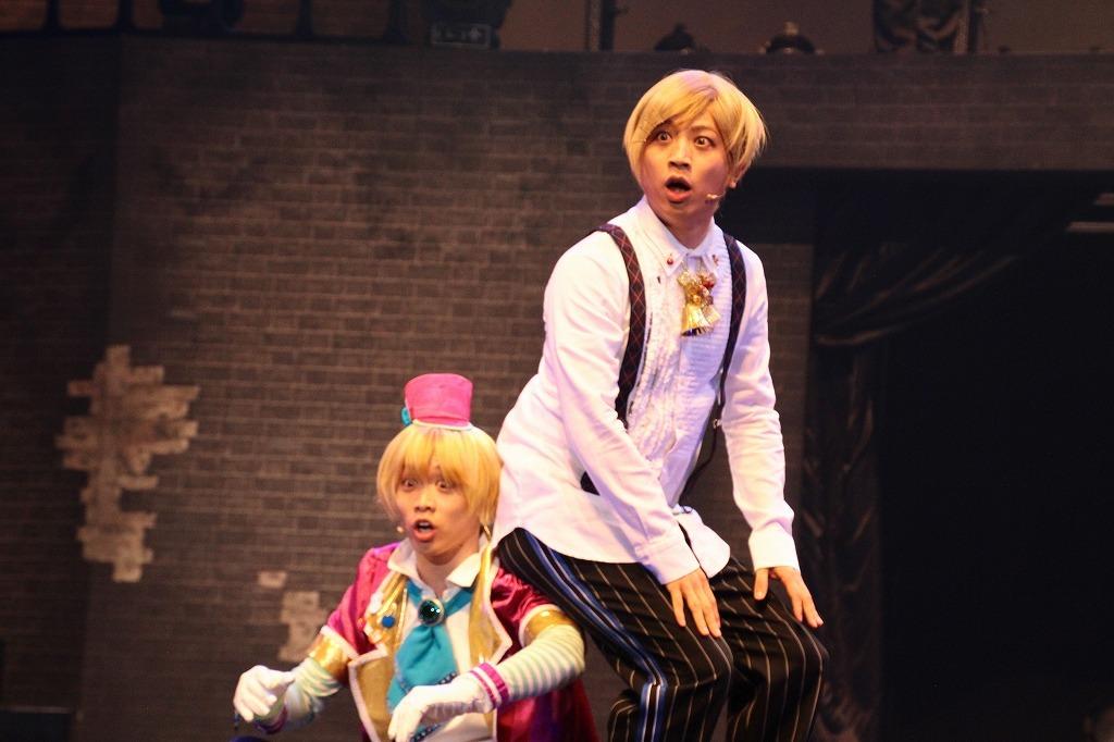 (右)中井さん