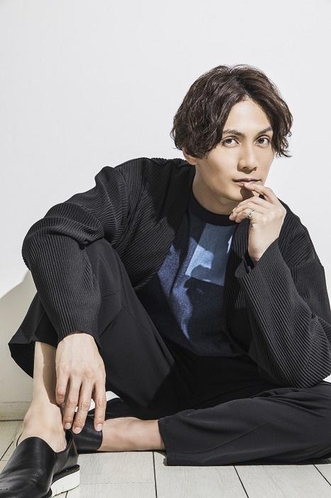 加藤和樹アーティストデビュー15周年メモリアルフォトブック『K』(東京ニュース通信社刊)