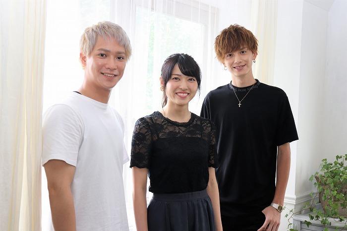 (左から)味方良介、矢島舞美、小野健斗