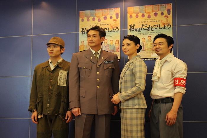 ゲネプロ前に取材に応える、平埜生成、吉田栄作、朝海ひかる、尾上寛之(左から)
