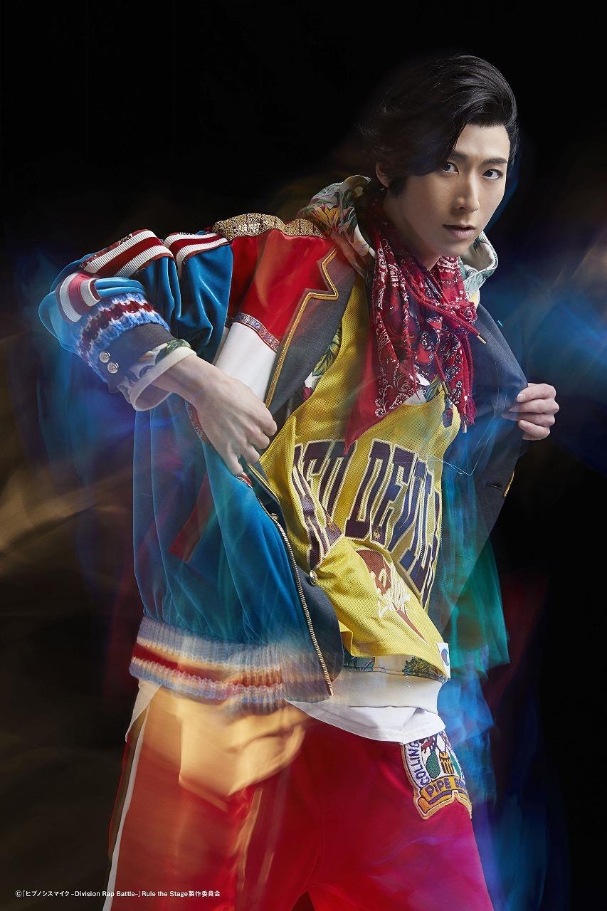 小鳥遊ハル:星乃勇太  (C)『ヒプノシスマイク-Division Rap Battle-』Rule the Stage 製作委員会