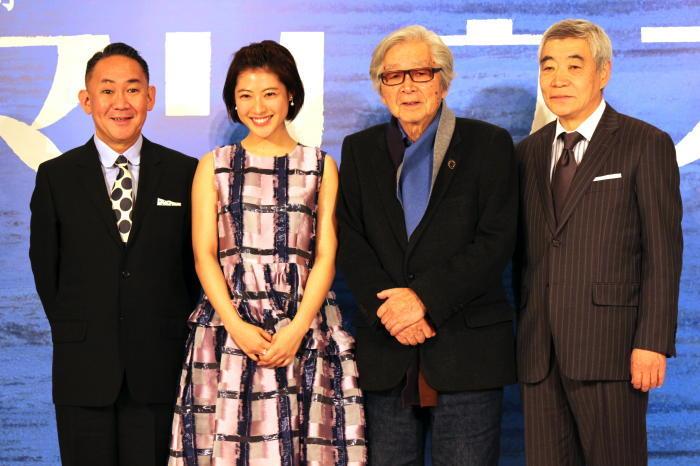 (左から)林家正蔵、瀧本美織、山田洋次、柄本明