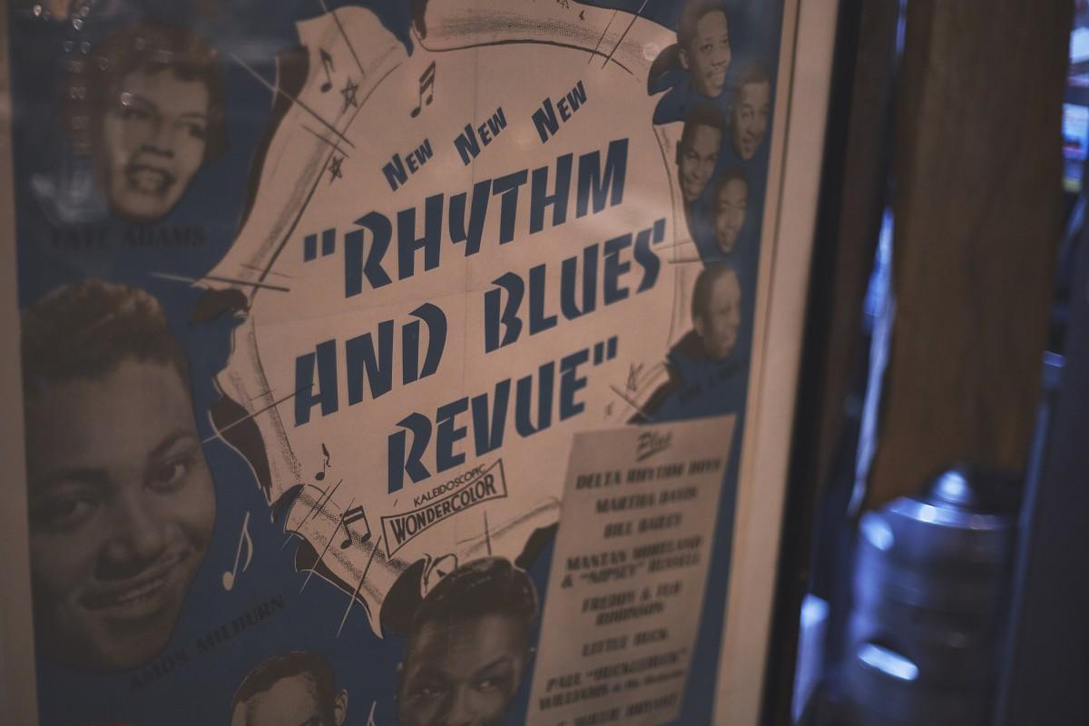 デザインやフォント含め、滝沢さんがもっとも気に入っているポスター。映画『RHYTHM AND BLUES REVUE』(1955年)のもの。しかし、この映画はまだ観れていないとか。