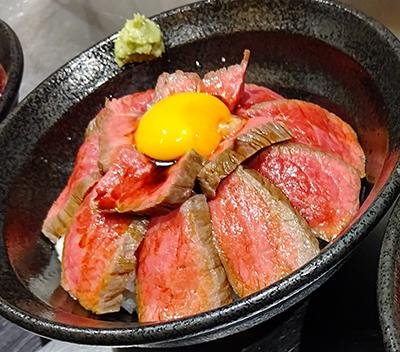 熊本 赤牛ローストビーフ丼
