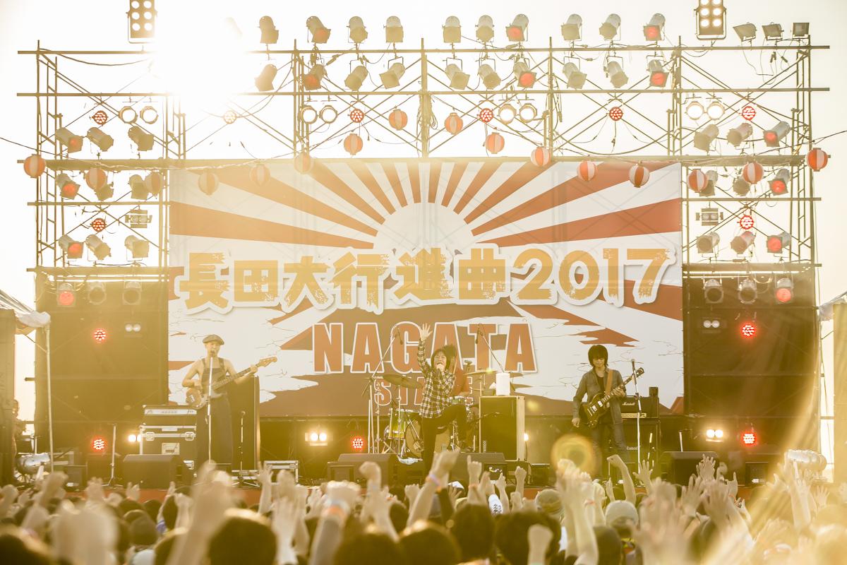 フラワーカンパニーズ Photo by青木カズロー