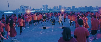 10-FEET、約400人のファンが参加した新曲「太陽4号」のMV解禁
