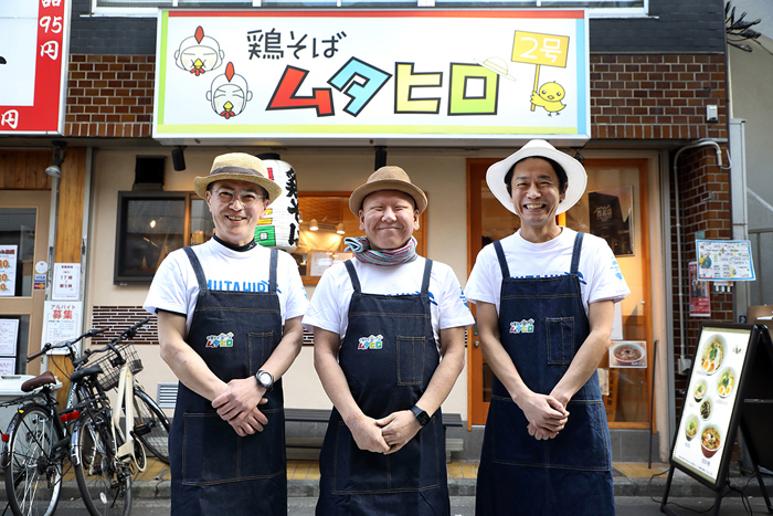 (左から)株式会社GREAT SMILE 加藤昌史(広報室長)、牟田伸吾(代表取締役)、新井博道(専務取締役)  (撮影:たかはしじゅんいち)