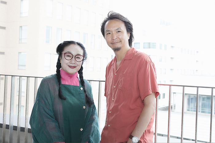 (左から)白石加代子、長塚圭史