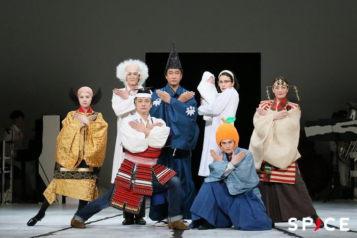 『日本の歴史』出演者たち  (撮影:宮川舞子)