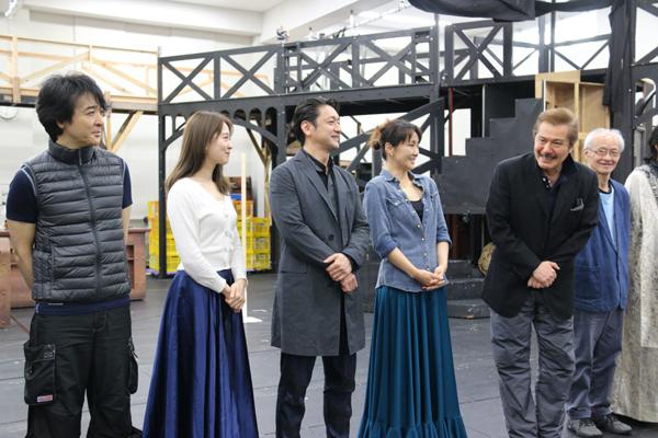 (左から)石川禅、笹本玲奈、石丸幹二、濱田めぐみ、今井清隆、花王おさむ「ジキル&ハイド」