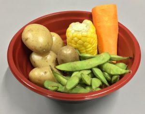 「今朝採れ野菜バーBOIL」(500円)