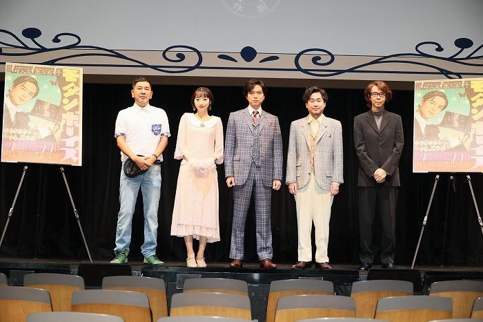 (左から)一色隆司、武田玲奈、加藤シゲアキ、山崎樹範、横内謙介  撮影=加藤幸広