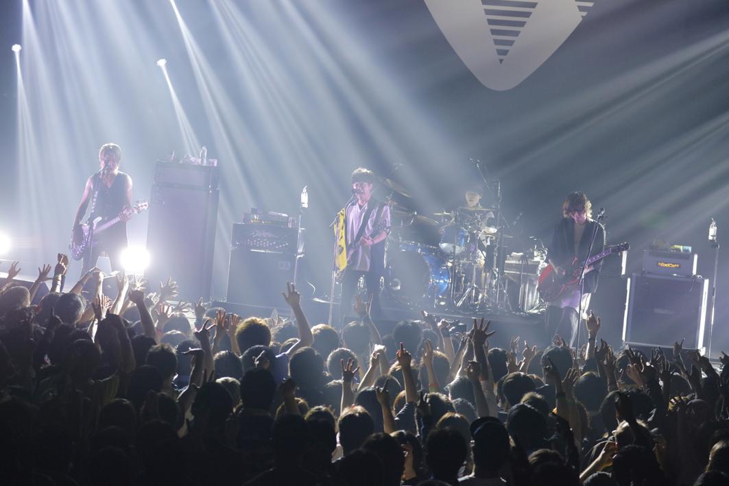 『ROCK AX Vol.2』BLUE ENCOUNT  PHOTO:山内洋枝
