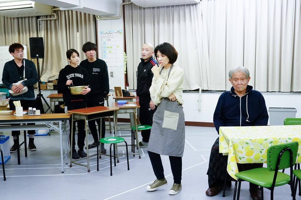 『おっかちゃん劇場』稽古場より 撮影:田中亜紀