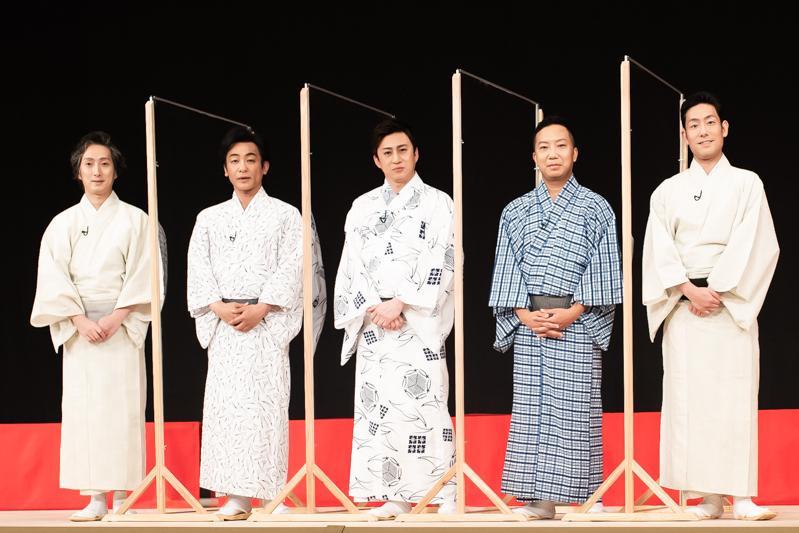 歌舞伎座は舞台裏に大道具の搬入口もあり、構造的にも換気の良さは◎なのだそう。