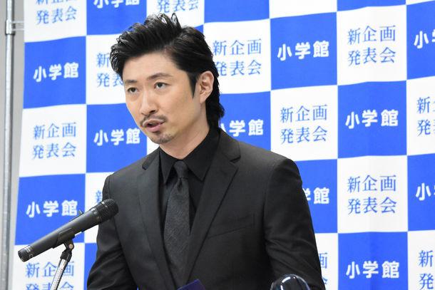 小学館の新企画発表会に登場したMAKIDAI。