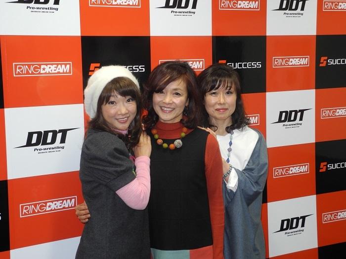 左からナオちゃん(松井菜桜子)、ノンコ(日高のり子)、ワカナン(山崎和佳奈)