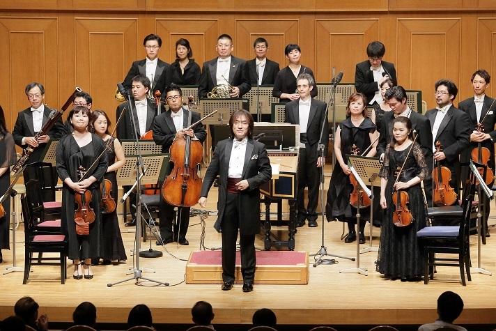 「歴代のマエストロが現在のセンチュリーを指揮してどんな感想を持たれるか楽しみですね!」 (C)s.yamamoto