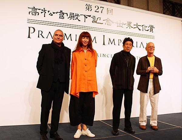 (左から)ドミニク・ペロー、シルヴィ・ギエム、横尾忠則、ヴォルフガング・ライプ